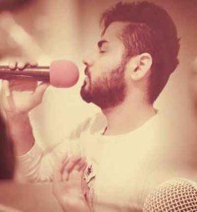 Hossen Amery   Bazam Emashab 279x300 - دانلود اهنگ غمگین بازم امشب چه شبی قشنگو نابه از حسین عامری