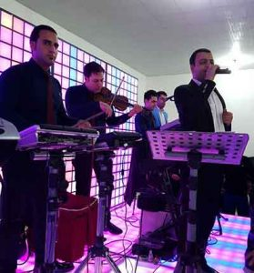 Hamid Fallah   Khasteh Sarnevesht 279x300 - دانلود آهنگ محلی  خسته ی سرنوشتم  از حمید فلاح