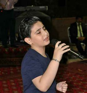 Saleh Jafarzadeh   To Dari Gonah mikoni 279x300 - دانلود آهنگ غمگین  تو داری گناه میکنی از  صالح جعفرزاده